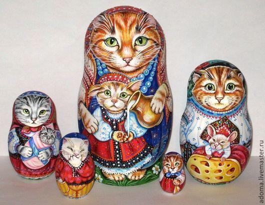 Кошки `Семья`
