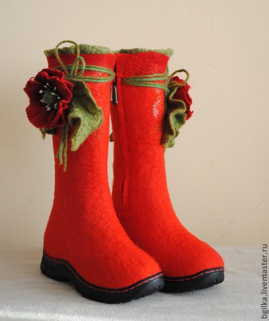 """Обувь ручной работы. Ярмарка Мастеров - ручная работа. Купить Сапожки """"Маковка"""". Handmade. Ярко-красный, валенки женские"""