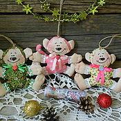 Куклы и игрушки ручной работы. Ярмарка Мастеров - ручная работа Обезьянка - новогодняя игрушка. Handmade.