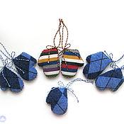 Подарки к праздникам ручной работы. Ярмарка Мастеров - ручная работа Елочная игрушка Варежка. Handmade.
