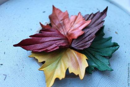 """Цветы ручной работы. Ярмарка Мастеров - ручная работа Брошь из кожи """"Осенний блюз"""". Handmade."""