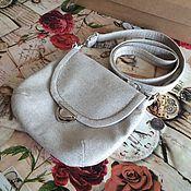 Сумки и аксессуары ручной работы. Ярмарка Мастеров - ручная работа Льняная маленькая сумочка JANNET с длинным ремешком. Handmade.