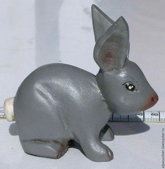 Статуэтки ручной работы. Ярмарка Мастеров - ручная работа. Купить Деревянный кролик серого цвета. Handmade. Серый, кролик, заяц