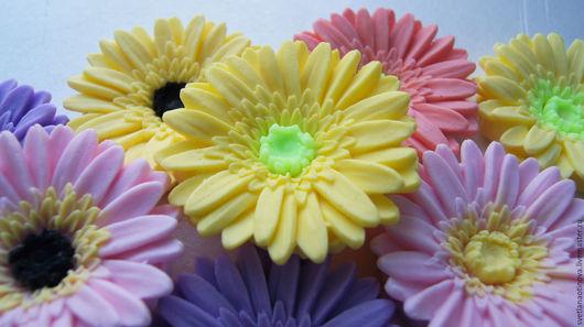 Мыло ручной работы. Ярмарка Мастеров - ручная работа. Купить Гербера малая. Handmade. Гербера, цветы из мыла, весна