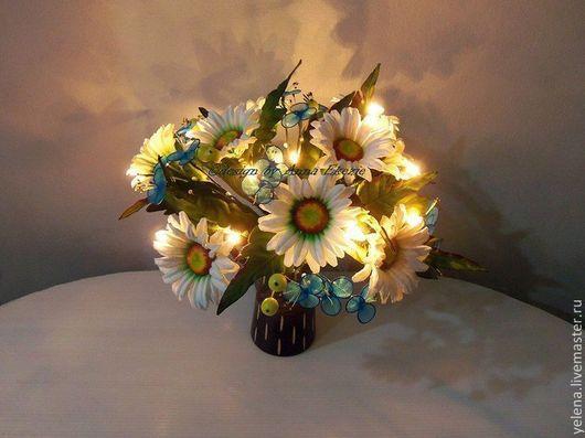 """Освещение ручной работы. Ярмарка Мастеров - ручная работа. Купить Цветы светильник """"Ромашки"""". Handmade. Белый, утонченный, освещение, ночник"""