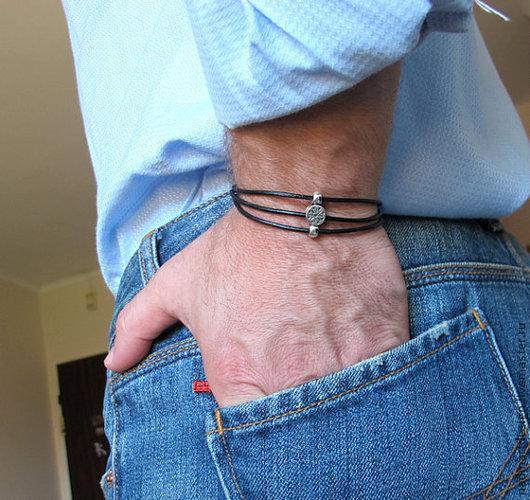 Чёрный браслет для мужчин