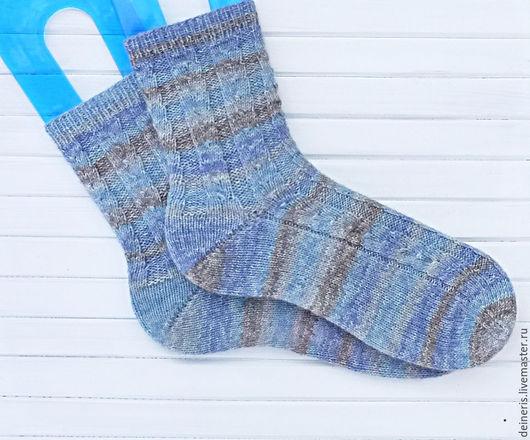 Носки, Чулки ручной работы. Ярмарка Мастеров - ручная работа. Купить Мужские носки вязаные серо-голубые Grey Blue. Handmade.