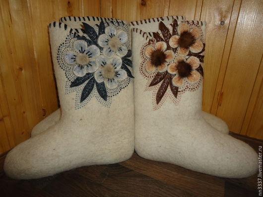 """Обувь ручной работы. Ярмарка Мастеров - ручная работа. Купить Валенки женские """"Цветы-2"""". Handmade. Белый, валенки с вышивкой"""