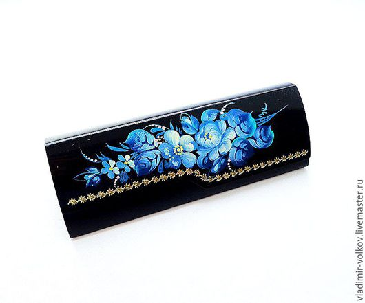 Очки ручной работы. Ярмарка Мастеров - ручная работа. Купить Расписной футляр для очков голубые цветы, жесткий алюминиевый очечник. Handmade.
