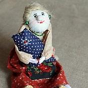 Куклы и игрушки ручной работы. Ярмарка Мастеров - ручная работа Бабушка-библиотекарша с любимым котом). Handmade.