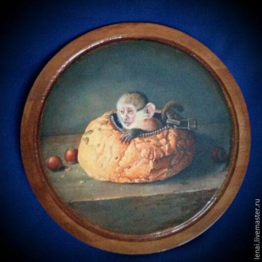 """Кухня ручной работы. Ярмарка Мастеров - ручная работа. Купить Доска разделочная -панно """" Обезьянка в сумке"""". Handmade."""