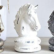 Для дома и интерьера handmade. Livemaster - original item The chess knight figurine is made of concrete white shabby chic or black. Handmade.