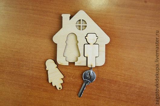 Ключница (продается в разобранном виде) Размер: 10х10 см Материал: фанера 4 мм