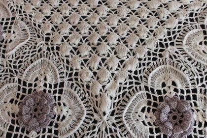 "Шали, палантины ручной работы. Ярмарка Мастеров - ручная работа Шаль вязаная крючком ручной работы ""Царские цветы"". Handmade."