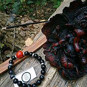 Браслет из бусин ручной работы. Ярмарка Мастеров - ручная работа Браслет из черного агата и красного говлита. Handmade.