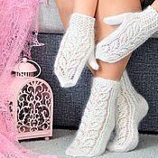 Сувениры и подарки handmade. Livemaster - original item Sets for photo shoots: Openwork downy set socks and mittens. Handmade.