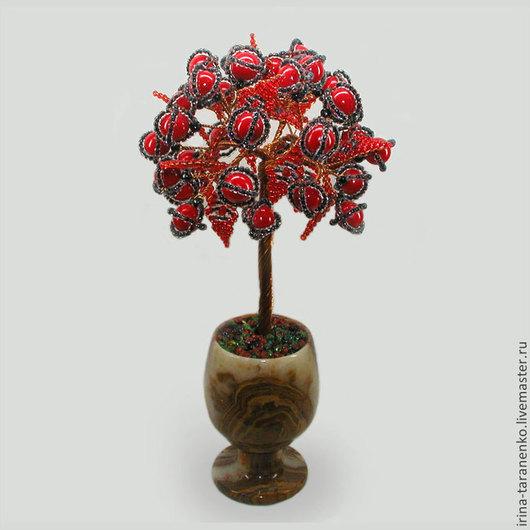 Дерево из коралла `Коралловое счастье` в вазочке из оникса