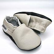 Одежда детская handmade. Livemaster - original item Light Gray Baby Shoes, Leather baby shoes, Soft sole Booties. Handmade.