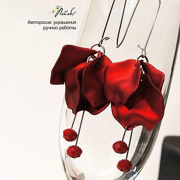 Свадебный салон ручной работы. Ярмарка Мастеров - ручная работа Серьги: с лепестками красные. Handmade.