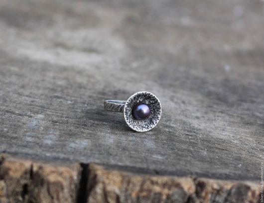 """Кольца ручной работы. Ярмарка Мастеров - ручная работа. Купить кольцо """"Новый жемчуг"""", серебро, жемчуг. Handmade. необычный перстень"""