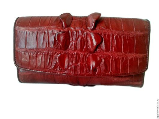 Женский кошелек из кожи крокодила. Бордовый кошелек. Подарок женщине. Подарок. Фактурный кошелек. Оригинальный кошелек. PGsale-экзотическая кожа