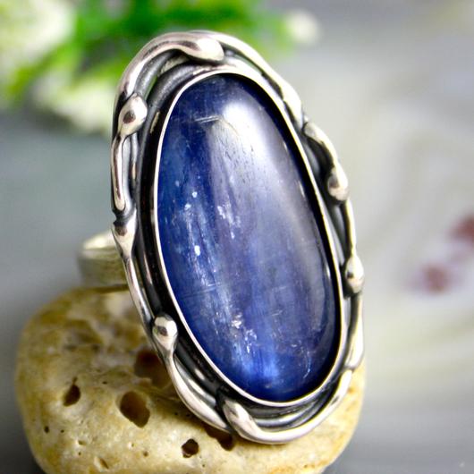 """Кольца ручной работы. Ярмарка Мастеров - ручная работа. Купить Кольцо """"Синий перламутр"""" - серебро, кианит. Handmade. кианит"""
