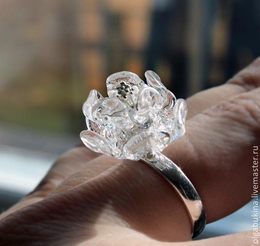 Кольца ручной работы. Ярмарка Мастеров - ручная работа. Купить Серебряное кольцо  Хрустальный цветок. Лампворк, серебро, прозрачный.. Handmade.