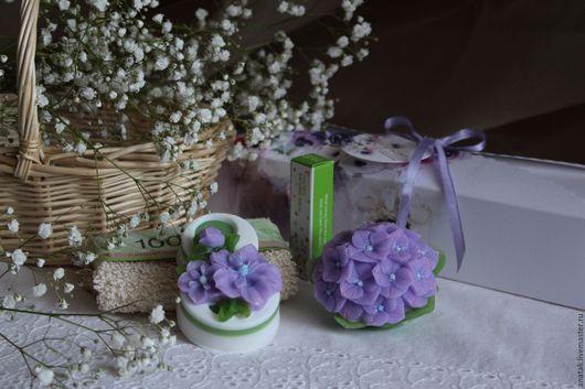 Набор косметики ручной работы в подарочной коробочке (мыло ручной работы - 2шт, бальзам для губ, мочалка-рукавица)
