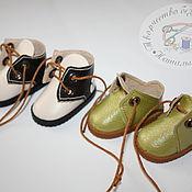Одежда для кукол ручной работы. Ярмарка Мастеров - ручная работа Обувь для кукол - Ботиночки, кроссовки, кеды. Handmade.