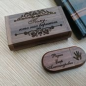 Сувениры и подарки handmade. Livemaster - original item Wooden flash drive with engraving in a box, gift. Handmade.