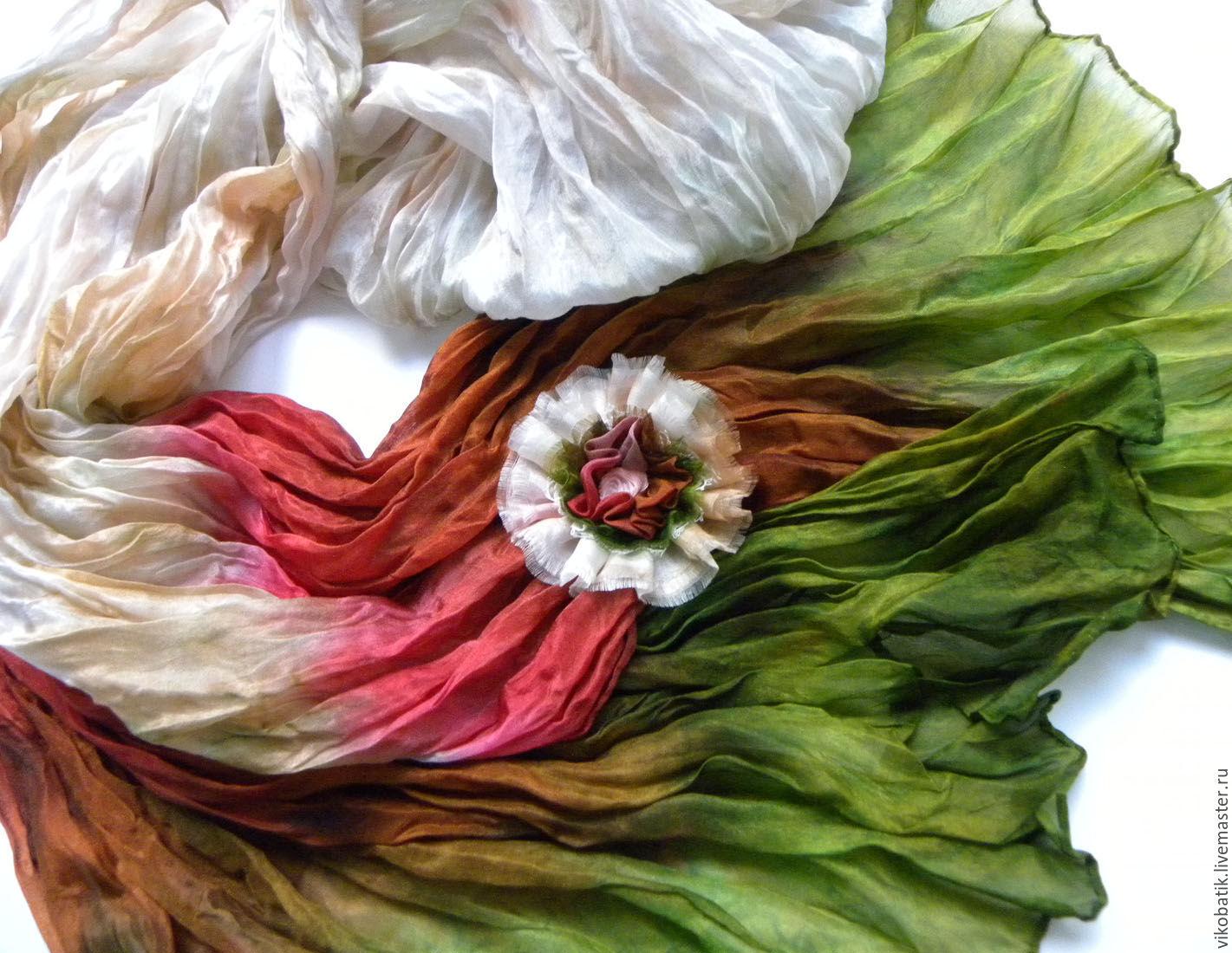 Шарф палантин ручной работы. Батик. Ручная роспись. Шибори. Эльфийский. Лесной. Красивый шарф. Подарок женщине.Купить шелковый шарф.