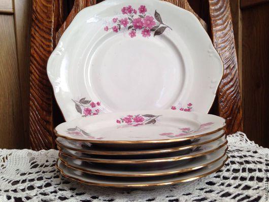 ...нежный, нарядный фарфоровый набор посуды для десерта, производства Дулевского фарфорового завода, времен СССР...