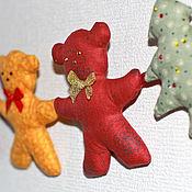 """Подарки к праздникам handmade. Livemaster - original item Новогодняя гирлянда """"Мишки и елочки"""". Handmade."""