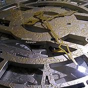 Для дома и интерьера handmade. Livemaster - original item Large wall clock with rotating gears. Handmade.