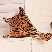 """Для дома и интерьера ручной работы. Ярмарка Мастеров - ручная работа подушка-тень """"Кашат"""". Handmade."""
