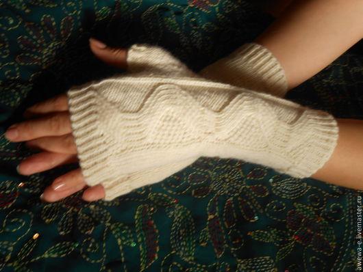 """Варежки, митенки, перчатки ручной работы. Ярмарка Мастеров - ручная работа. Купить Митенки """"Мirabell"""". Handmade. Белый, осенняя одежда"""