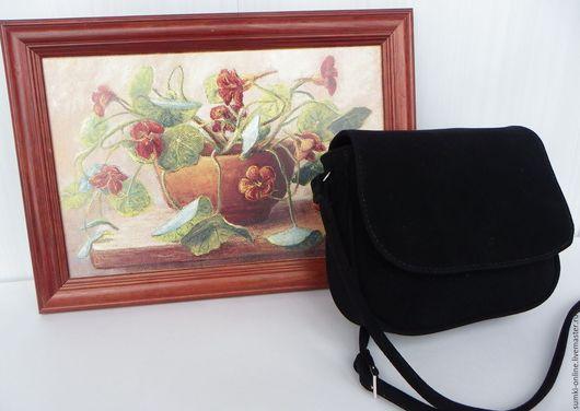 """Женские сумки ручной работы. Ярмарка Мастеров - ручная работа. Купить Замшевая черная сумка по мотивам сумки """"Ягодное лукошко"""". Handmade."""