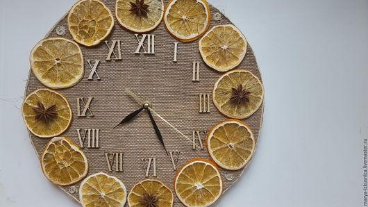 Часы для дома ручной работы. Ярмарка Мастеров - ручная работа. Купить Часы интерьерные с апельсинками. Handmade. Оранжевый, подарок на новый год