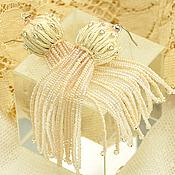 Украшения ручной работы. Ярмарка Мастеров - ручная работа Длинные серьги с кистями из бисера кремовые экрю. Handmade.
