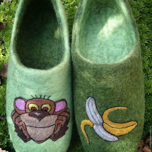 Обувь ручной работы. Ярмарка Мастеров - ручная работа. Купить домашние валяные тапочки из натуральной шерсти Обезьяна символ года 1. Handmade.