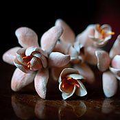 Свадебный салон ручной работы. Ярмарка Мастеров - ручная работа Цветки для прически. Handmade.