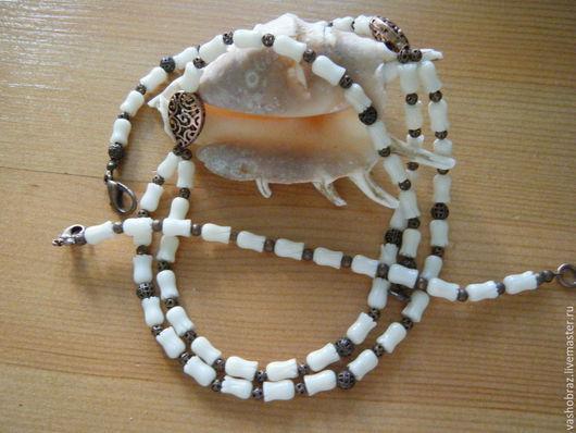 """Комплекты украшений ручной работы. Ярмарка Мастеров - ручная работа. Купить """"Фея снов"""" -  колье и браслет из белого коралла. Handmade."""