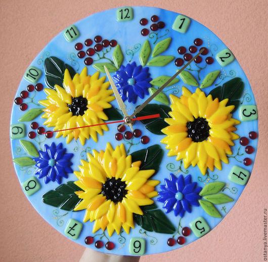 """Часы для дома ручной работы. Ярмарка Мастеров - ручная работа. Купить Часы настенные из стекла. """"Под ярким солнышком"""" фьюзинг. Handmade."""