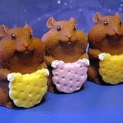 Мыло ручной работы. Ярмарка Мастеров - ручная работа Мыло Хомяк с печенькой. Handmade.