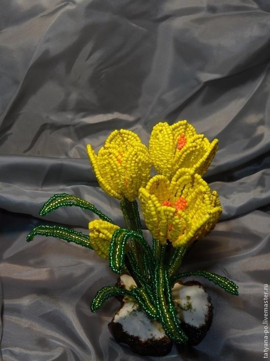 Цветы ручной работы. Ярмарка Мастеров - ручная работа. Купить Крокусы из бисера. Handmade. Разноцветный, крокусы, цветок