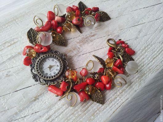 """Часы ручной работы. Ярмарка Мастеров - ручная работа. Купить Часы """"Красный коралл"""". Handmade. Ярко-красный, часы кварцевые"""