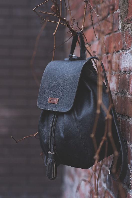 Рюкзаки ручной работы. Ярмарка Мастеров - ручная работа. Купить Рюкзак кожаный женский, коричневый, 9 литров. Handmade. Однотонный