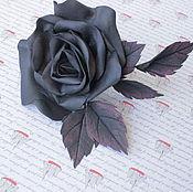 Шпилька ручной работы. Ярмарка Мастеров - ручная работа Шпилька для волос с черной розой из фоамирана. Handmade.