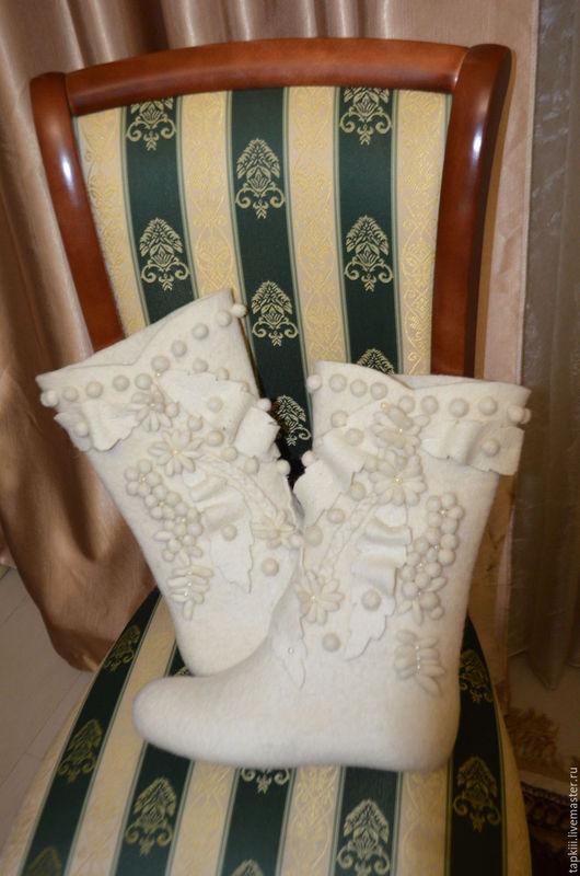 Обувь ручной работы. Ярмарка Мастеров - ручная работа. Купить обувь валяная. Handmade. Шерсть, голубой цвет, ботинки женские
