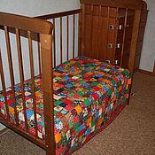 """Для дома и интерьера ручной работы. Ярмарка Мастеров - ручная работа """"Пёстрое"""" детское, ватное, лоскутное одеяло. Handmade."""
